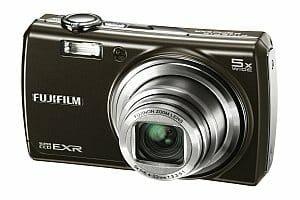 Fujifilm F200