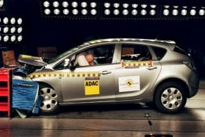 Vauxhall Astra scores five stars in Euro NCAP crash test