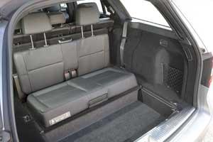 Mercedes E-Class Estate boot