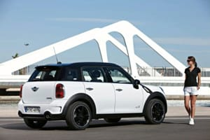 Mini Countryman profile