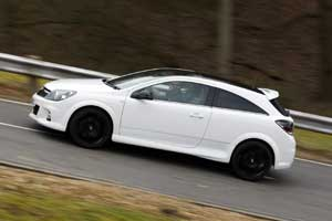 Vauxhall Astra VXR Arctic Edition 2