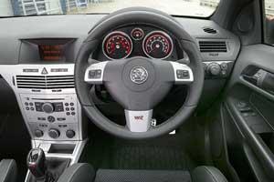 Vauxhall Astra VXR Arctic Edition 3