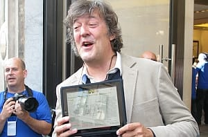 Stephen Fry and the iPad