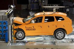 Volvo S60 crash