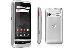 Vodafone 945 Android mobile phone - silver