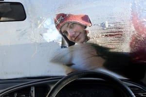 Defrosting car windscreen