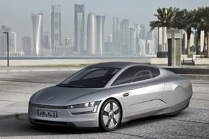 Volkswagen XL1 concept car front three quarter