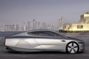 Volkswagen XL1 concept car side view