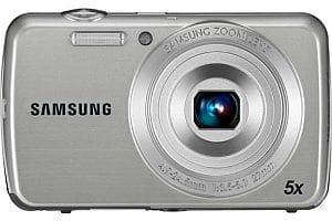 Samsung PL20 £100 digital camera - silver
