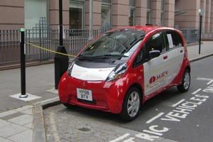 Mitsubishi i-MiEV charging