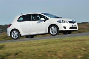 Auris hybrid generates lowest emissions