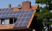 Plans to cut solar panel earnings