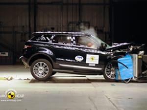 Range Rover Evoque scores five stars