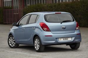 02 Hyundai i20