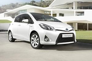 01 Toyota Yaris Hybrid