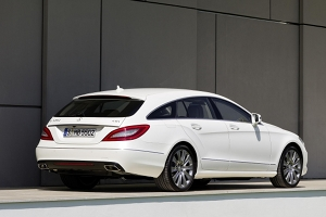 03 Merc CLS Shooting brake