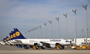 Lufthansa strike cancels hundreds of UK flights