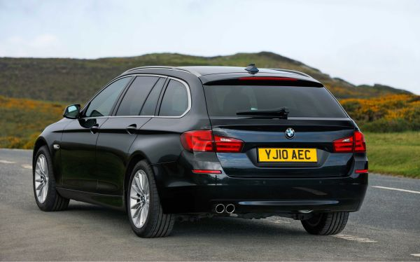 BMW 5 Series Touring 2.jpg