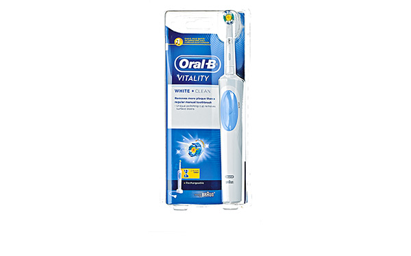 Oral B White & Clean Vitality toothbrush