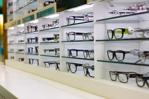 opticians-and-buying-glasses