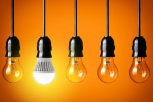 LED light bulb with incandescent bulbs