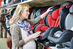 Shopping-for-a-child-car-seat
