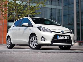 Toyota Yaris HSD (1)