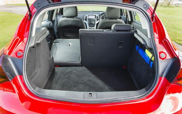 Vauxhall Astra 6.jpg