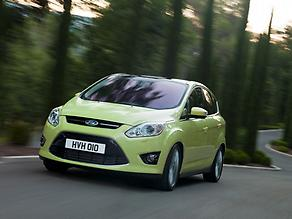 Ford C-MAX green driving f3q