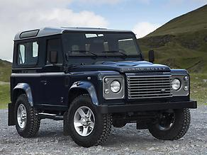Land-Rover-Defender-03
