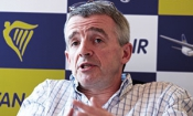 Ryanair to end 'misleading' insurance sales tactics