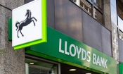 Lloyds bank fined record £117m for PPI failings