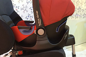 Britax-Baby-Safe-i-Size