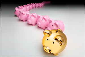 Gold piggy bank with a line of pink piggy banks
