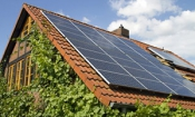 Get solar panels now or lose £1,000s