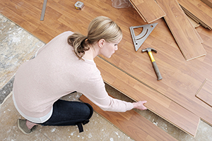 Image of a woman doing DIY