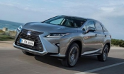New car reviews online – Skoda Superb estate and Lexus RX