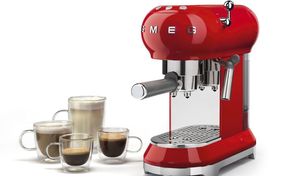 Which? reviews Smeg ECF01 coffee machine - Which? News