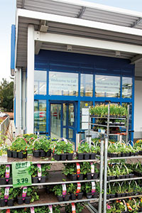 Are plants and garden tools cheaper at aldi and lidl for Aldi gardening tools 2016