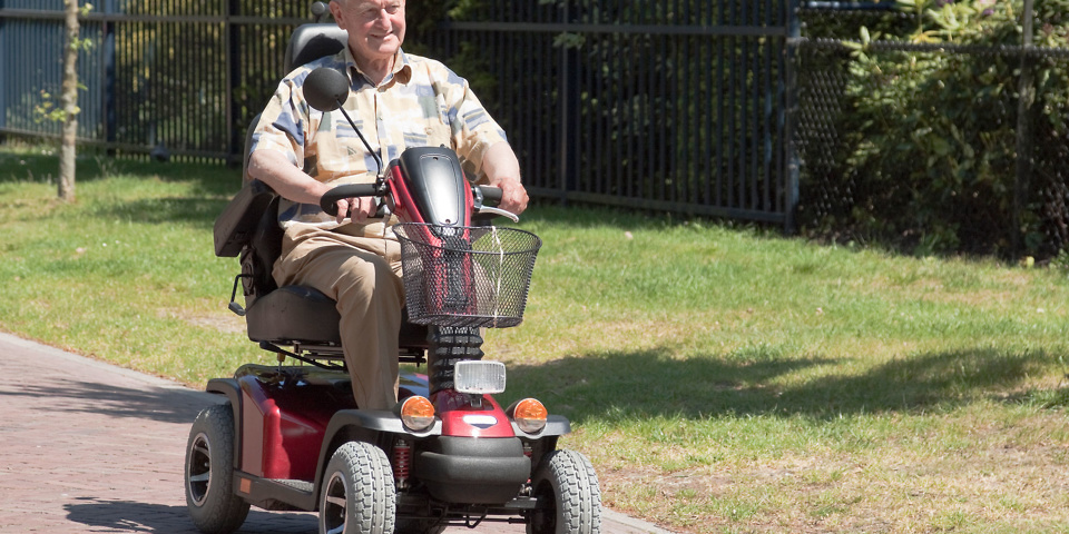 10 things you need to know before buying a mobility scooter