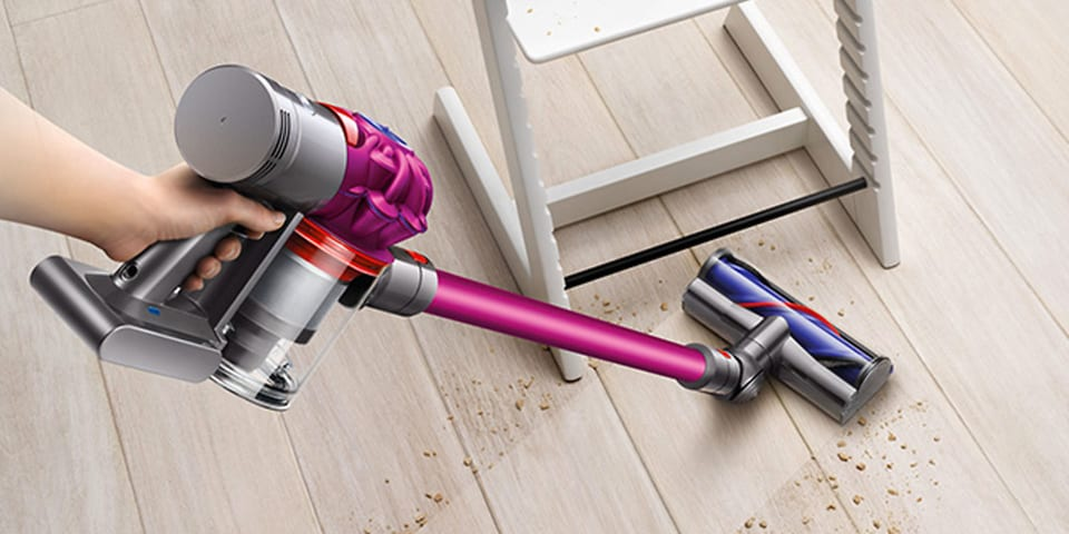 dyson launches new v7 cordless vacuum which news. Black Bedroom Furniture Sets. Home Design Ideas