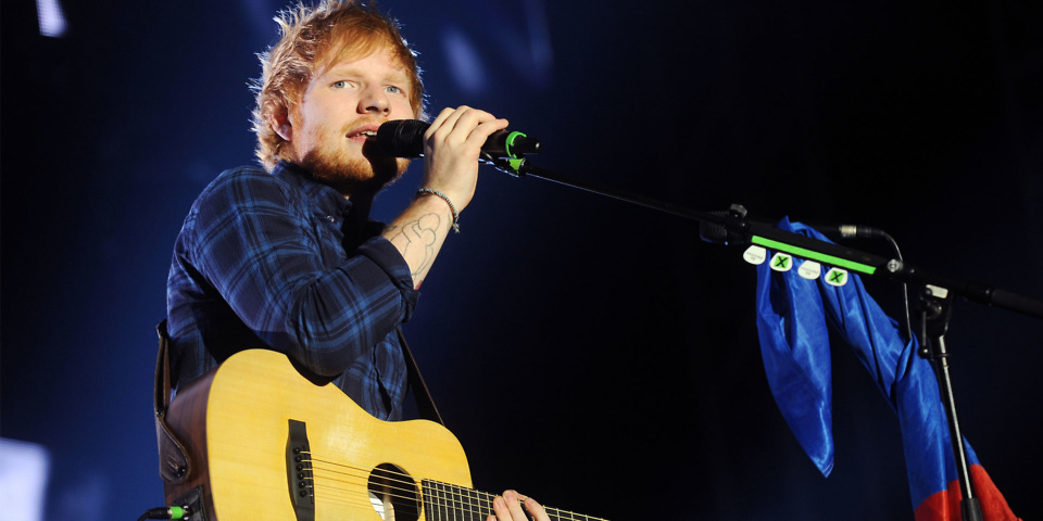Ed Sheeran fan busking entertains Portlaoise ticket queue