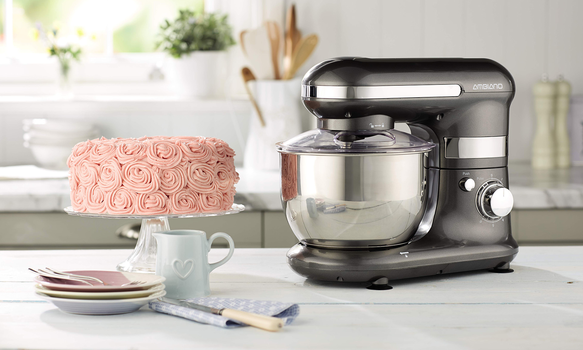 aldi launches 65 stand mixer ahead of bake off 2017. Black Bedroom Furniture Sets. Home Design Ideas