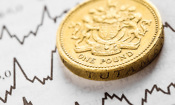 Inflation stays at 2.6% – should you fix your savings for seven years?