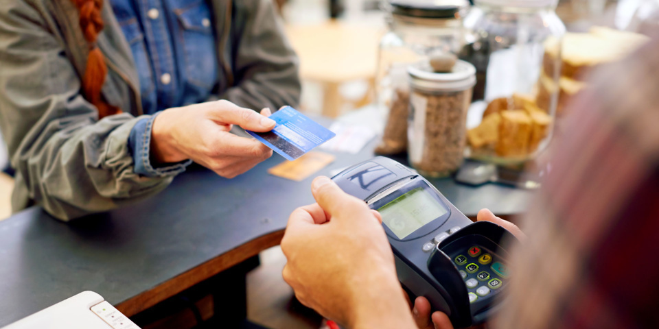 Best credit cards for low interest rates - Which? News - 웹