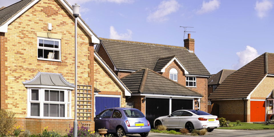 Should you buy bundled home and car insurance which news for Car house