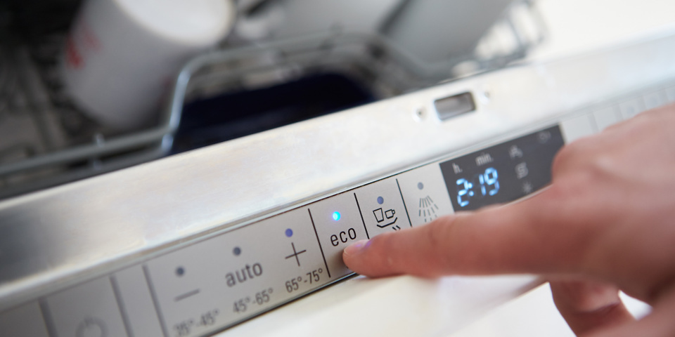 Energy saver dishwasher costs just £30 a year to run