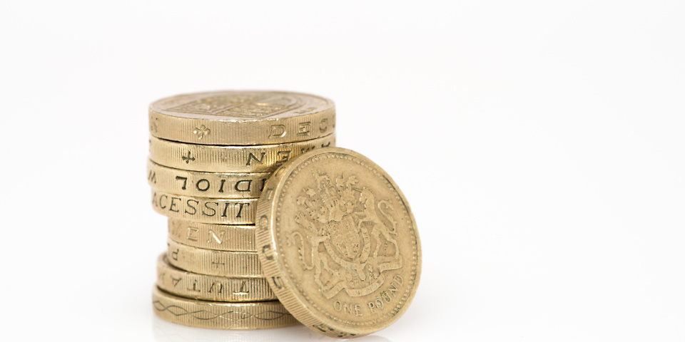 Two weeks to spend your old £1 coins