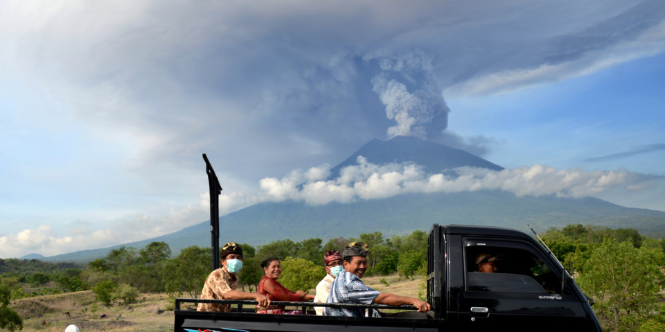 Thousands of holidaymakers stranded by Bali volcano threat – your travel rights