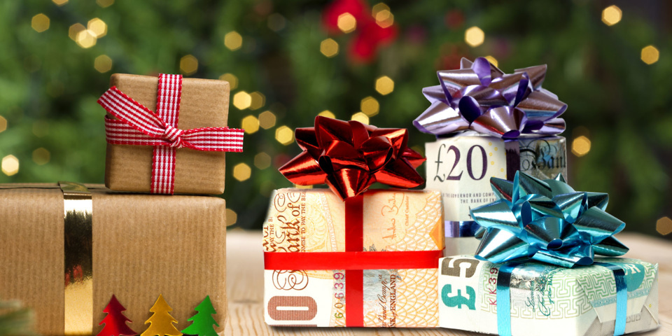 The best ways to give children money this Christmas ...